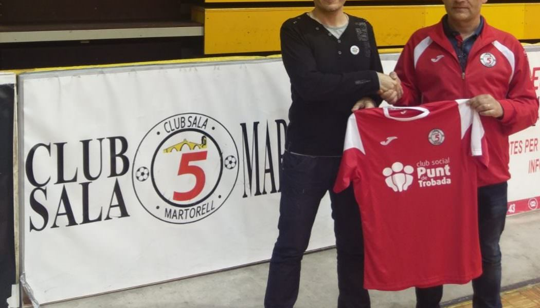 """El Club Social """"Punt de Trobada"""" i el Club Sala 5 Martorell Signen un conveni de col·laboració."""